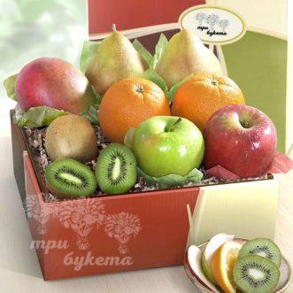 korobochka-s-apelsinami-kivi-i-mango